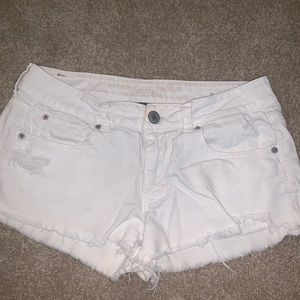 White jean shorts American eagle